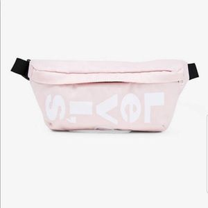 NWT Levi's Fanny Pack